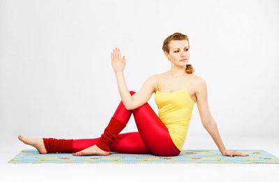 how to do easy pose sukhasana stepbystep // lessons